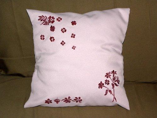 Polštář fialová květena
