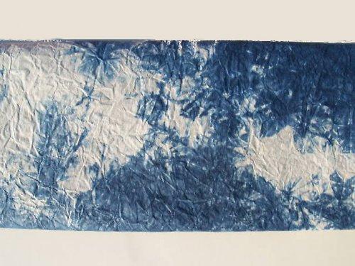papír batikovaný mačkaný - modrý