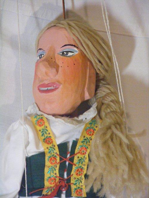 Ručně vyřezávaná loutka - ANČA (55 - 60 cm)