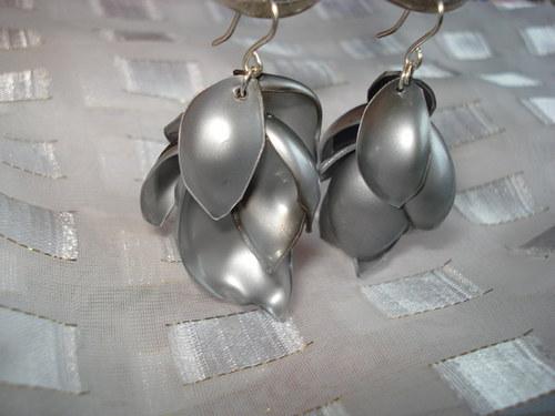 RECY plastové stříbrno šedé