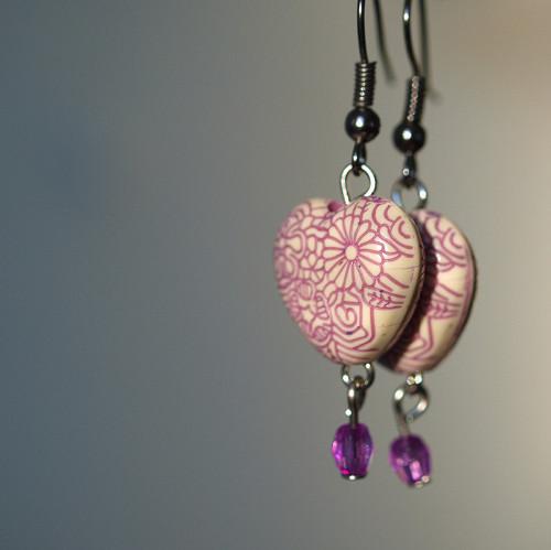 Náušnice - srdíčka fialová
