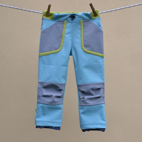 Střih a fotonávod na dětské softshellové kalhoty