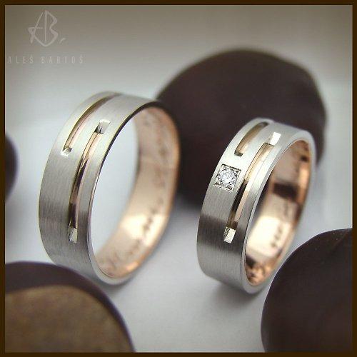 snubní prsteny, červené a bílé zlato