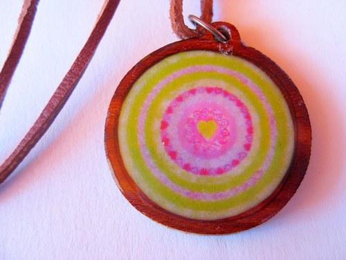 Mandala (sebe)lásky - prívesok v živici