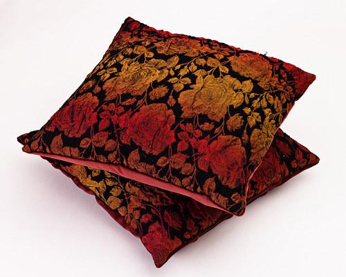 Polštář s motivem růží, 38 x 38 cm