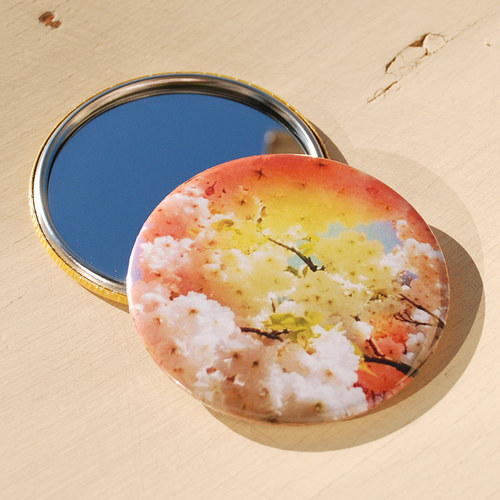 Zrcátko Sakury (75 mm) s pytlíčkem