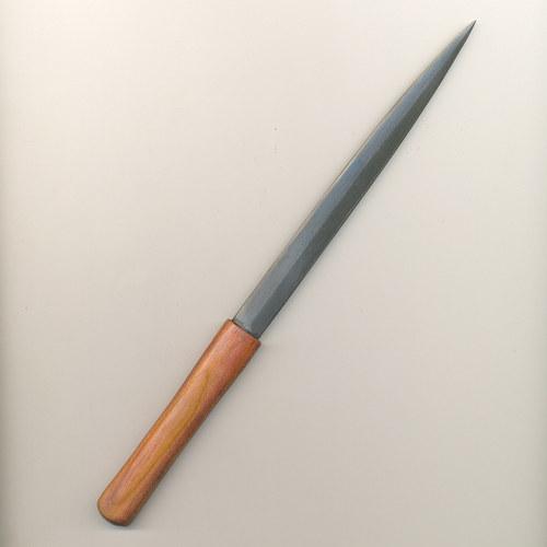 perořízek z damascénské oceli