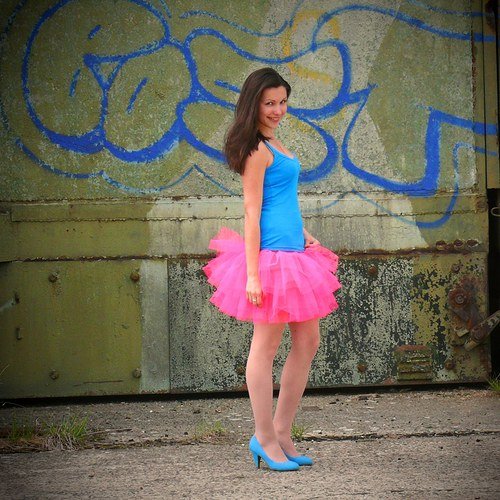 Svítivě růžová tylová sukně - široká