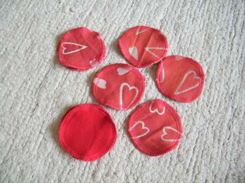 Kosmetické tampóny srdíčka 8 cm