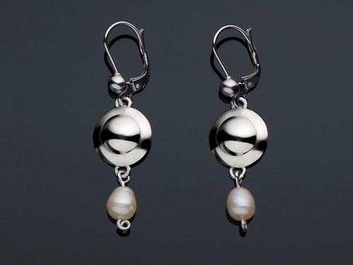 Náušnice s nepravidelnou perlou