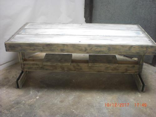 Konferenční stůl stolek masiv 2