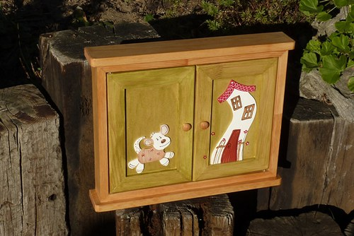 MAXI dřevěná skříňka na klíče z DOMEČKOVA