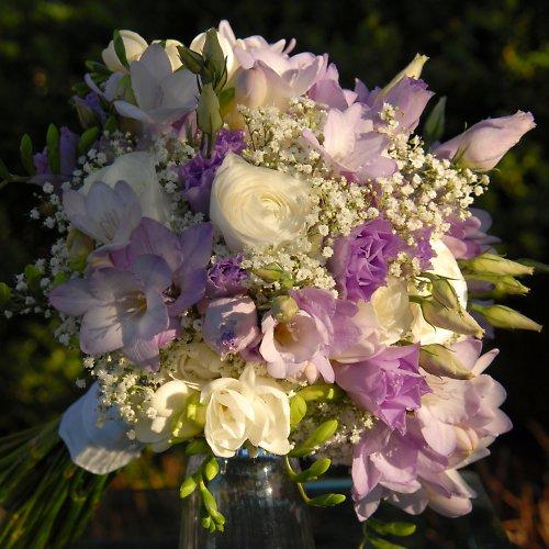 Svatební ve fialovém tónu