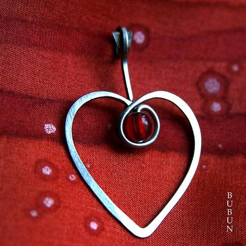 Srdce v červené