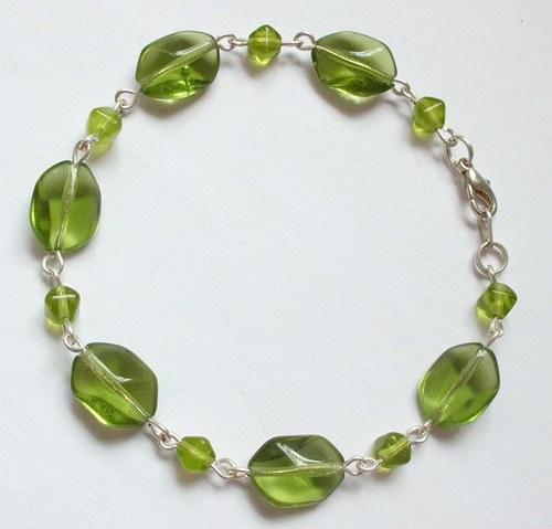 Zelený náramek (59,-)