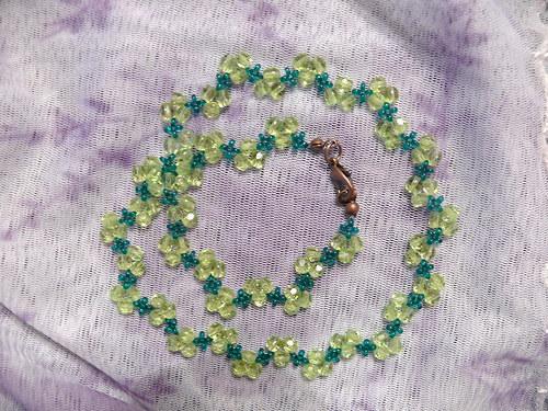 """Zelený \""""cik cak\"""" náhrdelník"""
