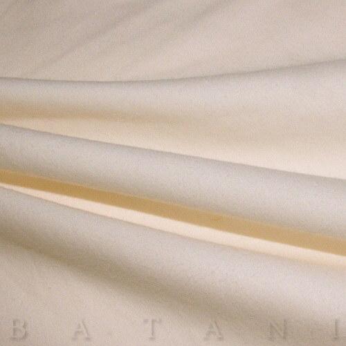Jednolíc elastický smetanový