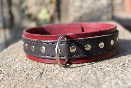 Kožený nýtovaný obojek, ručně šitý,4 cm