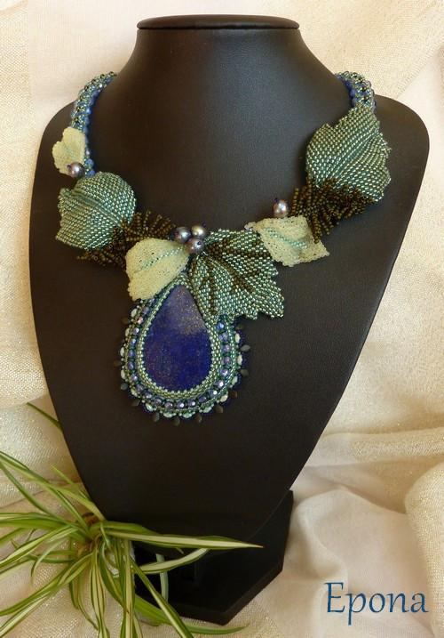 Poselství (náhrdelník s lapisem lazuli)
