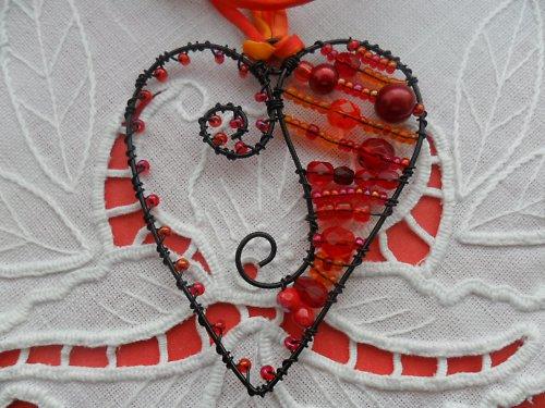 SLEVA Red-Orange Love - nárdelník