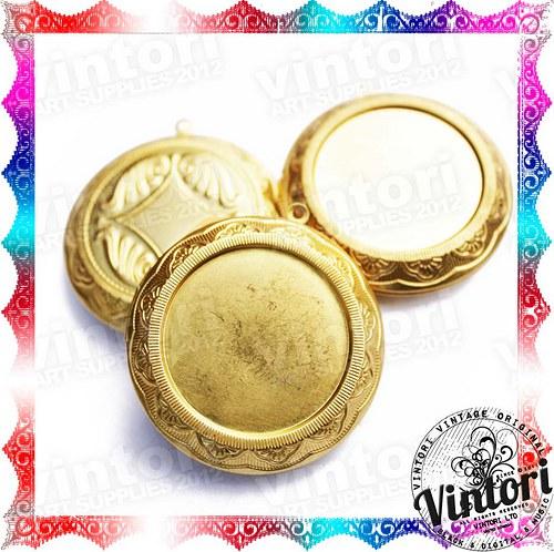 Kulatý otevírací medailon s lůžkem, barva zlatá