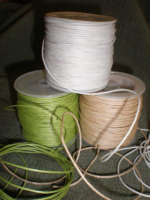 Bavlněná šňůra - Ø1mm - voskovaná - bílá