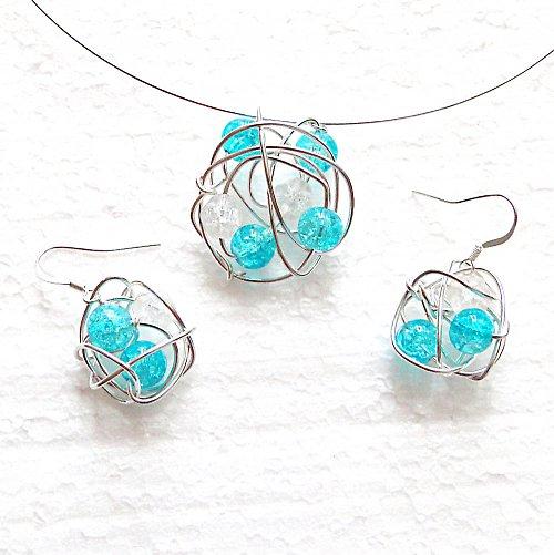 Hadí náhrdelník práskaný do modrobíla