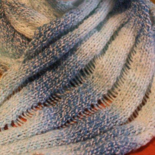pletená šála - modro bílá