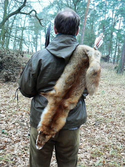Zádový toulec - liška