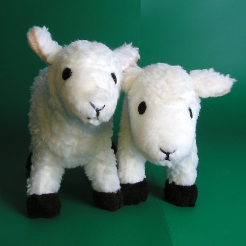 Ovečka Adélka - autorská hračka