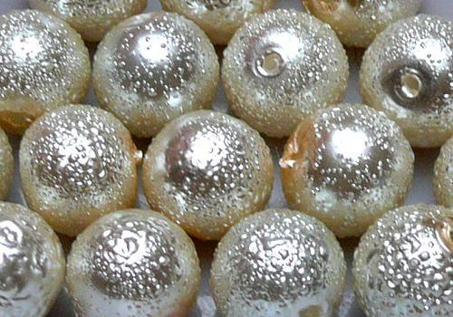 Vroubkované voskovky 8 mm - 10 ks - krémová