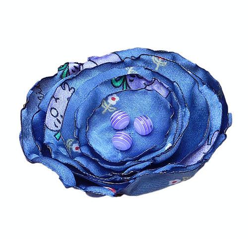 Modro-fialová