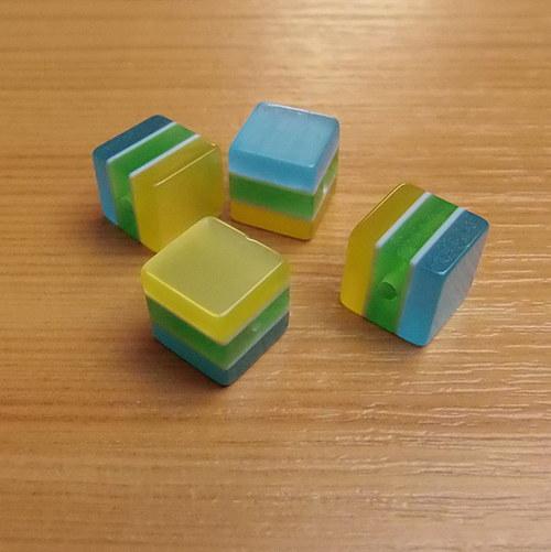 Pruhované kostičky - 10 mm - 10 kusů