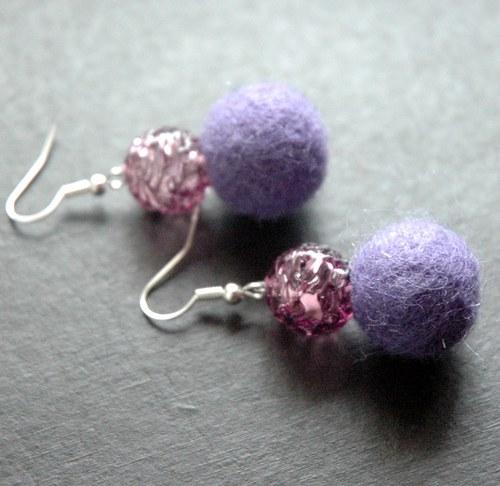 Plyškouška fialová s korálkem