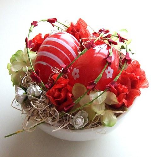 Velikonoční dekorace červená