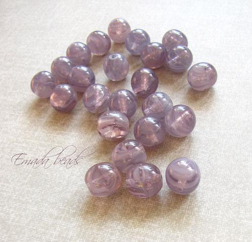 Kuličky, fialové