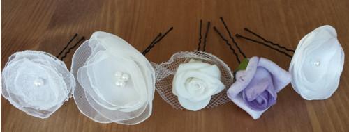 Vlásenky s bílým/lila květem nejen na svatbu