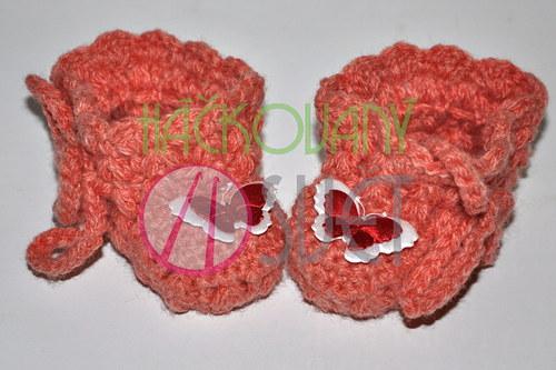 Růžové bačkůrky s motýlkem