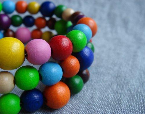 Pestrobarevný náramek:)