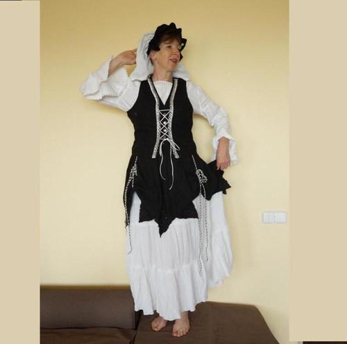 Teta Vilma z Chlumské hory vel.44-46