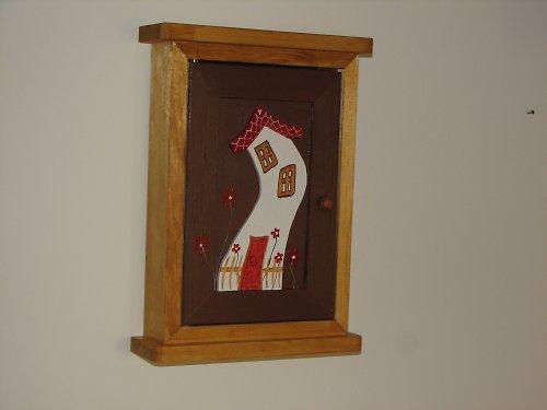 Dřevěná skříňka na klíče DŮM se zahrádkou