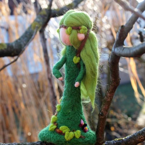 Elfka z Mons Naklethi