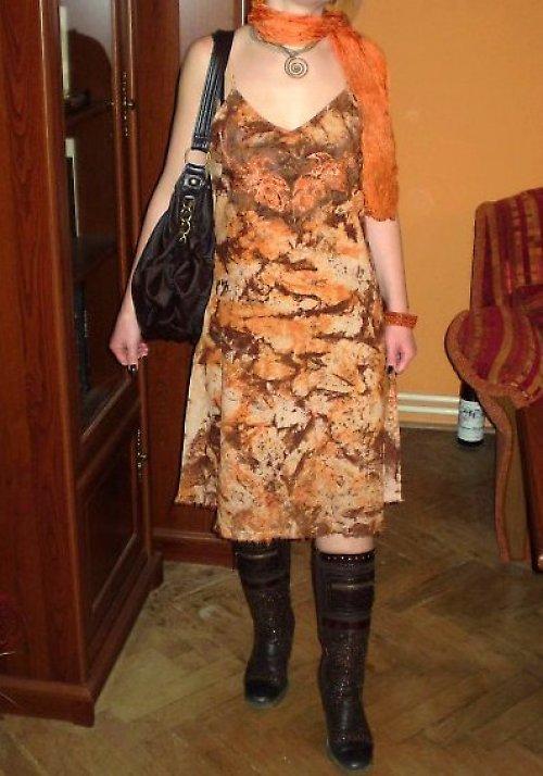 Výprodej!!! Ručně malované šaty na nastavovací úzká ramínka v oranžovohnědých tónech