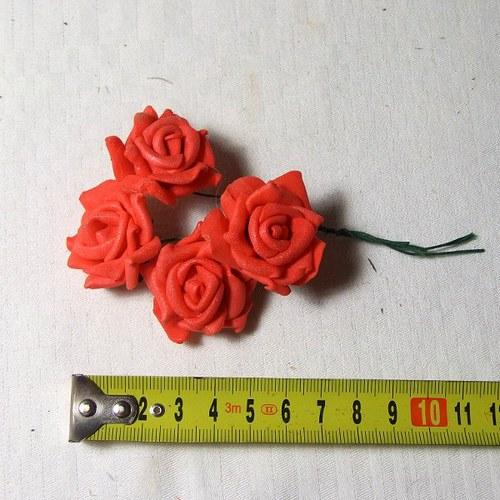 Pěnová růže - cena za 4 ks - červená