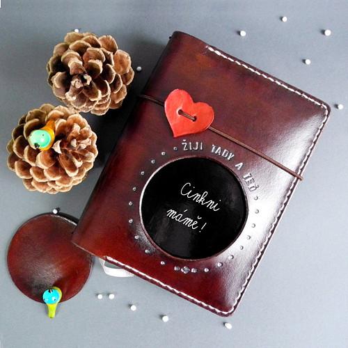 Čokoládovna - kožený diář 2018 s vlastním textem