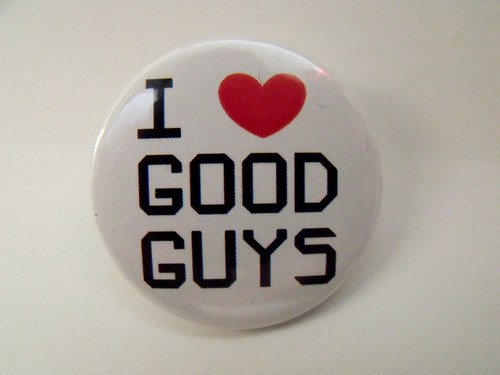 "Button ""I love good guys\"" (37 mm)"
