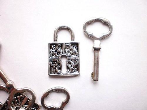 Klíč velký
