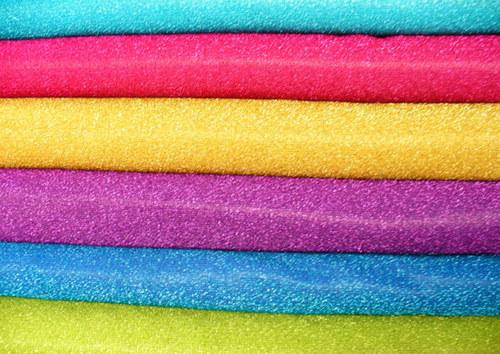Lurex v žiarivých farbách