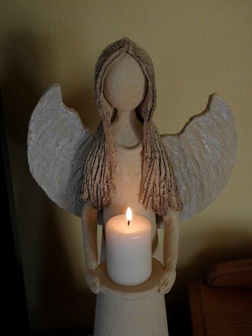 Anděl láskyplný .....
