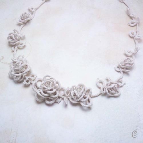 Růžičkový náhrdelník